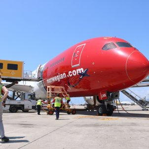 Avio Norwegian aeroport el prat - ACN