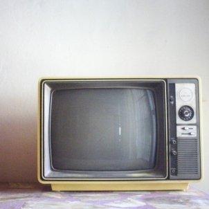 television vintange pixabay