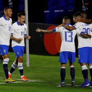 Coutinho Dani Alves Firmino Brasil Bolivia Copa America EFE
