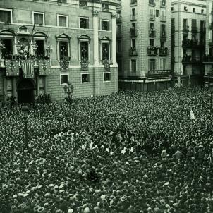 Proclamació de la República catalana, el 14 d'abril de 1931. Font Viquipedia