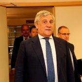 Tajani s'espolsa les culpes del veto a Puigdemont i Comín a l'Eurocambra