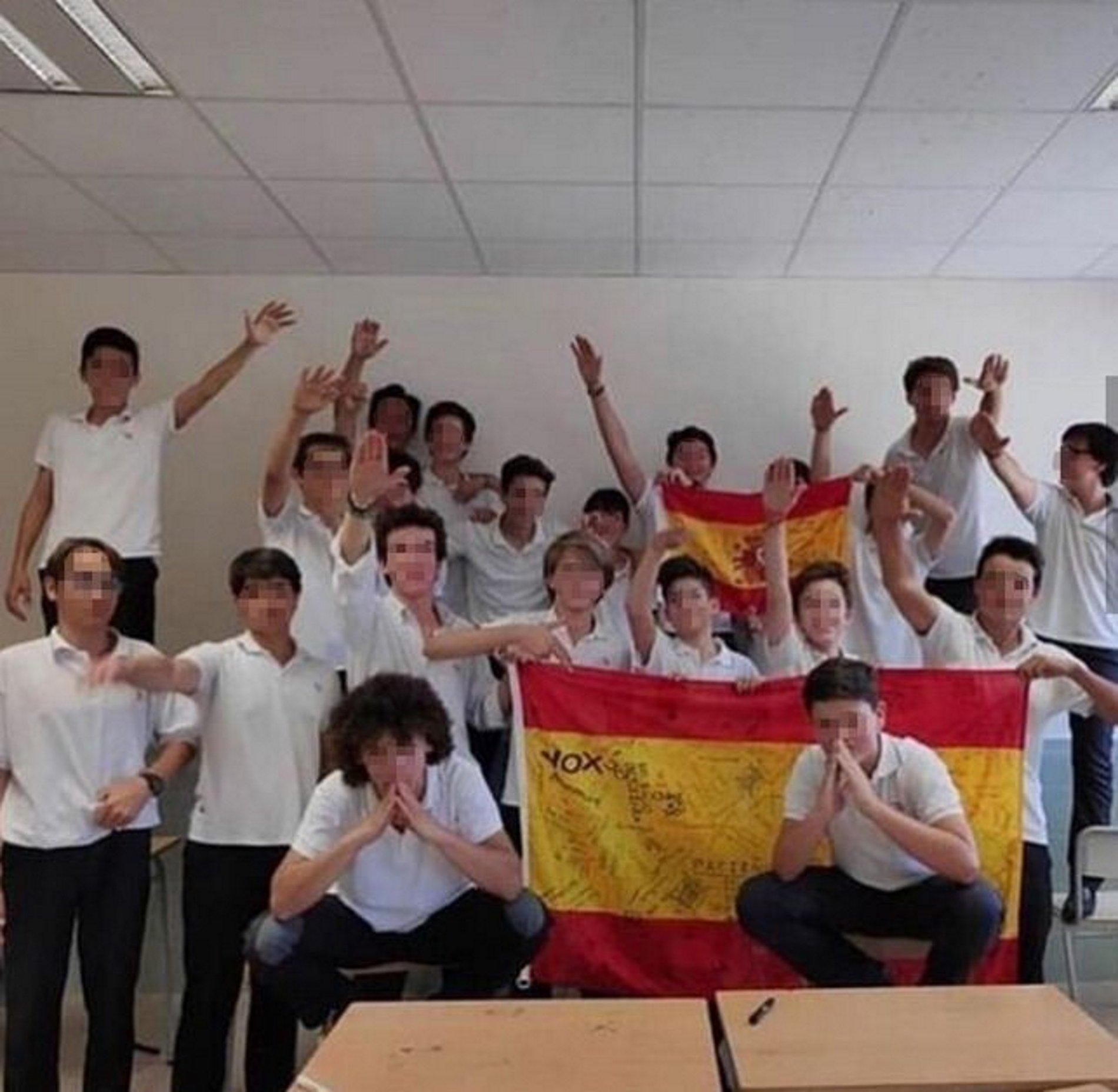 Palma escola Vox