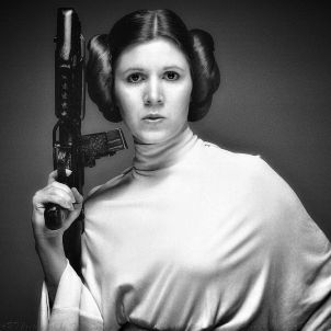 carrie fisher princesa leia (dave daring)