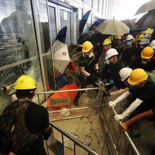 Hong Kong assalt Parlament - EFE