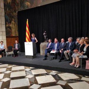 EuropaPress 2243744 El presidente Quim Torra la consellera Àngels Chacón y los presidentes de las Cámaras de comercio catalanas