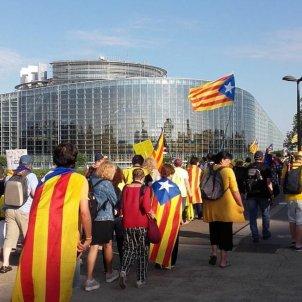 Parlament Europeu manifestació Estrasburg Twitter   @assemblea