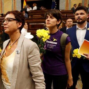 flors grogues ERC Congrés Diputats investidura EFE