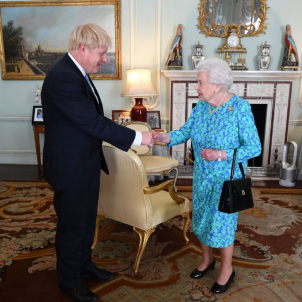 boris johnson reina anglaterra @RoyalFamily