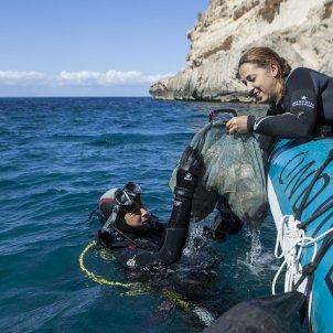 El Proyecto '1m2 por las playas y los mares' para recoger y analizar la basuraleza de las costas EuropaPress