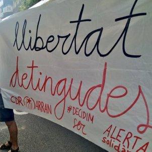 Manifestants arran - @arran_jovent