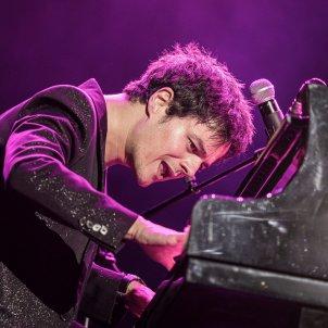 Jamie Cullum, durante el concierto del Festival de Cap Roig EFE