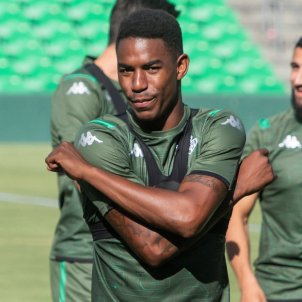 junior firpo betis efe