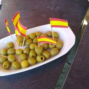 olives rojigualdes - @barberdebesalu