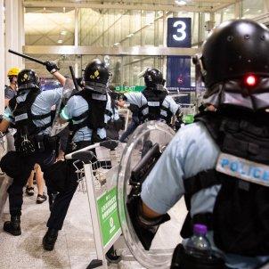 Hong Kong càrregues policia EFE