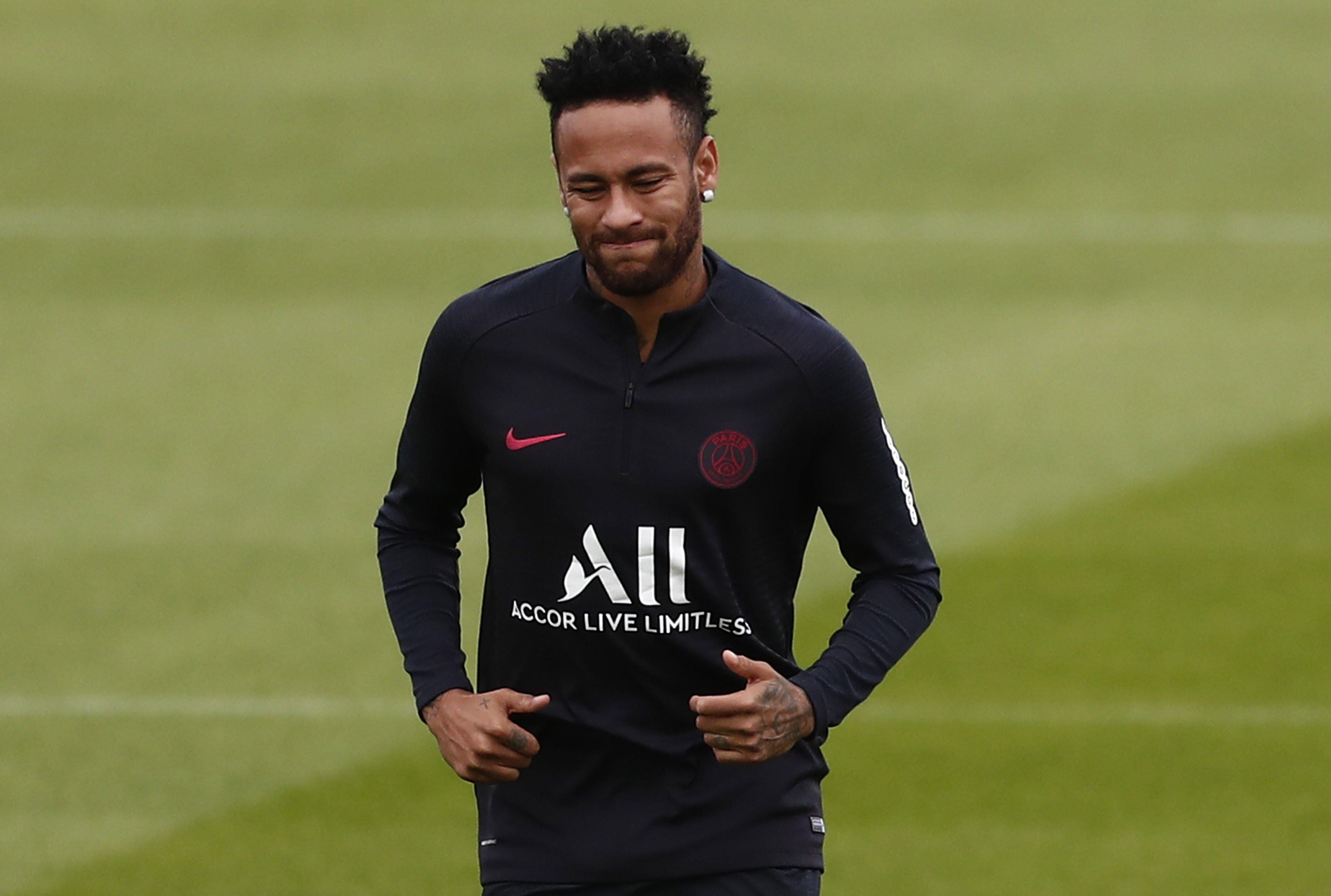 Neymar entrenament PSG EFE