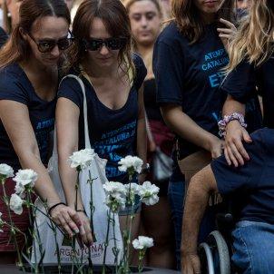 segon aniversari atemptats rambla barcelona victimes ofrena floral flors (bona qualitat) - Carles Palacio