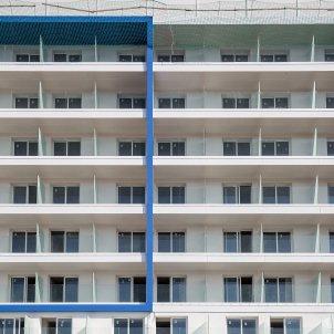 edifici construccio immoble turisme en construccio - Carles Palacio