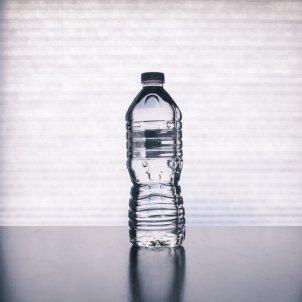 Botella de agua Unsplash