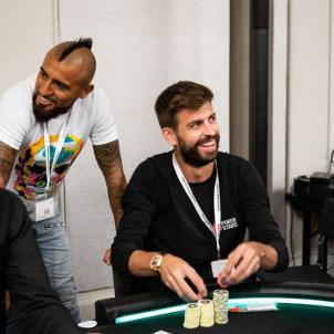 Pique Arturo Vidal Barca Poker Stars