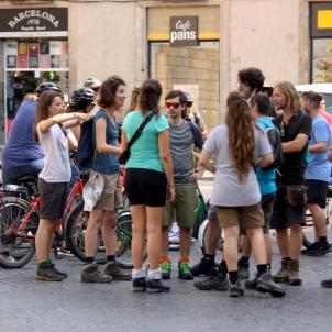 turistes plaça sant jaume barcelona ACN