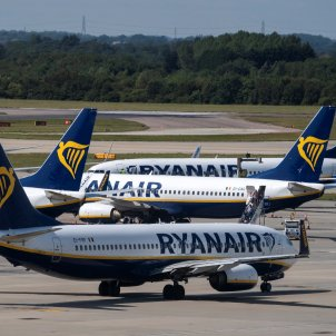 Alguns avions de la companyia Ryanair. Foto: Efe