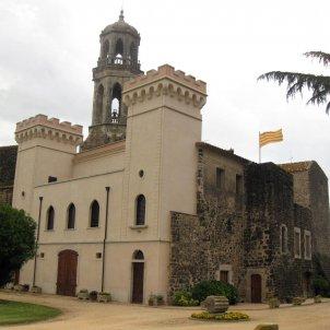 Castell Vilobí d'Onyar Wikimedia Commons