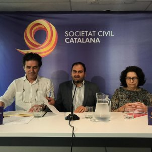 Societat Civil Catalana Carlota Camps
