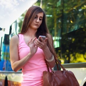 woman smartphone girl bus