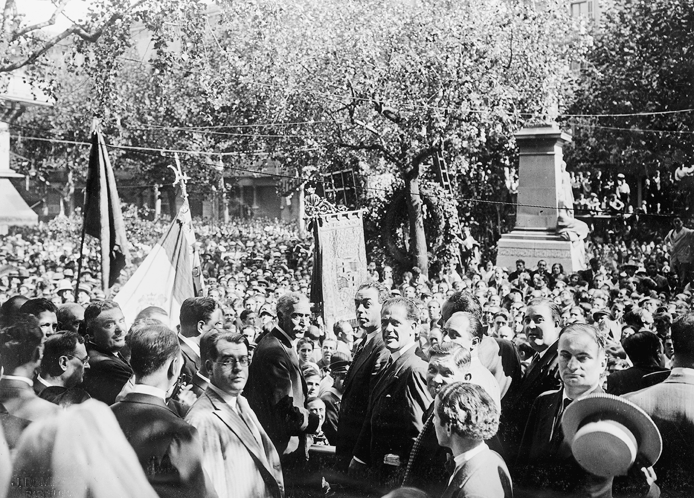 Diada 1931. Foto J. Dominguez. Fuente Archivo Municipal de Barcelona