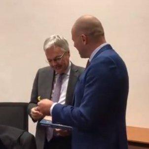 llaç groc comissari europeu Justícia