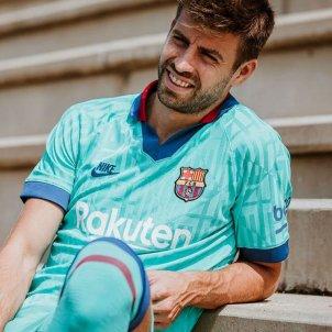 pique tercera samarreta barça @FCB