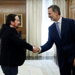 Pablo Iglesias Felip VI EFE