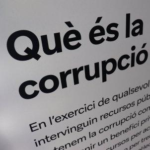 'Corrupció! Revolta ètica' Què és la corrupció pública Palau Robert