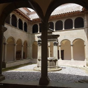 1280px Claustre de Sant Tomàs de Riudeperes interès nacional Salut Vilaró Wikipedia