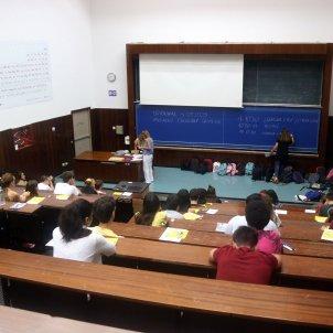 Examen selectivitat PAU física i química UB - ACN