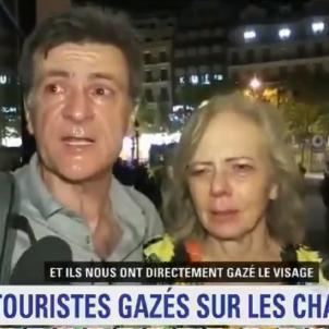 turistes paris gas lacrimogen @BFMTV