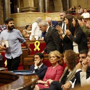 ELNACIONAL bronca parlament riber