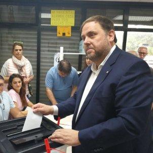 Oriol Junqueras vota referendum 1 octubre Europa Press