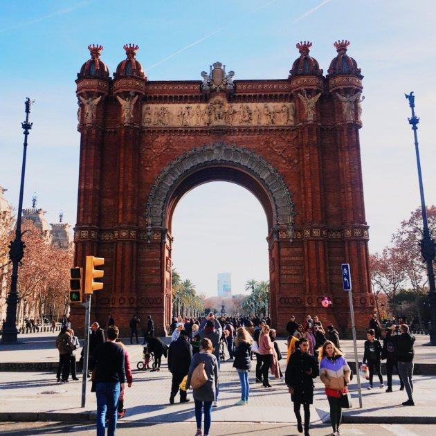 barcelona   unsplash