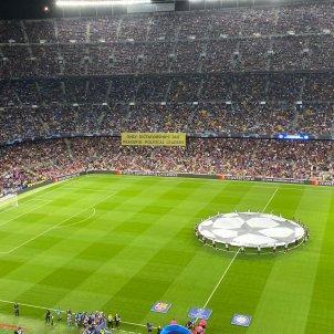 Pancarta Camp Nou Barca Inter Champions League Bernat Aguilar