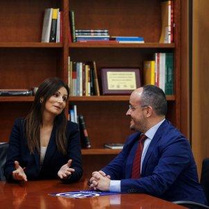 Lorena Roldán Alejandro Fernández Reunió Parlament- EFE
