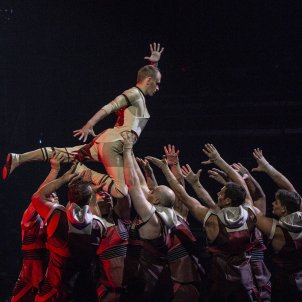 Messi10 by Cirque du Soleil - Sergi Alcàzar