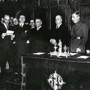 La República espanyola imposa un militar a la presidència de la Generalitat. Font IMHB
