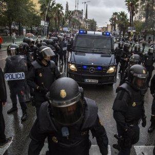 Policia Nacional CNP Referendum 1-O - Sergi Alcàzar