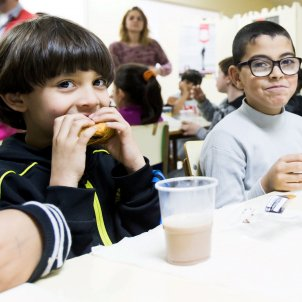 nens-menjador-social-CAIXA