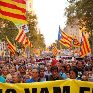 ELNACIONAL Manifestació Barcelona aniversari 1 O   Sergi Alcàzar
