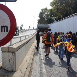 Manifestants ocupen ronda litoral