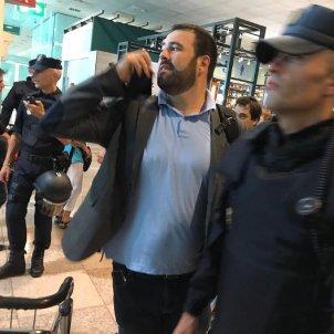 Iñarritu a l'aeroport del Prat Guillem Ramos