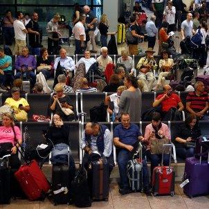 passatgers atrapats aeroport prat terminal 1 tsunami democratic sentencia EFE