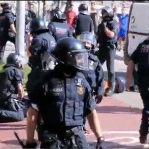 Càrregues policials Horta mani anifeixista Rivera   Arran
